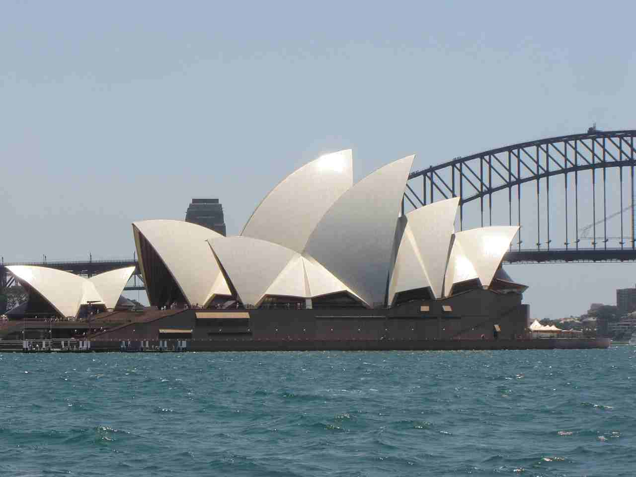 The sydney opera house positive psychology in for Sydney opera housse