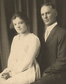 Lillian and Dick Callen, shortly after wedding in 1918